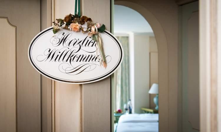 Herzlich Willkommen Boutique Hotel La Rocca